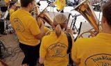 Musikalischer Blumenstrauß - voller Marktplatz zum Muttertag