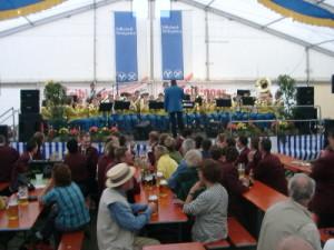 Konzert im Festzelt